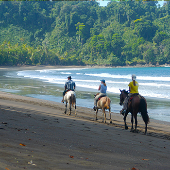 Hourseback riding Costa Rica