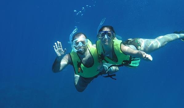 Snorkel Cano Island
